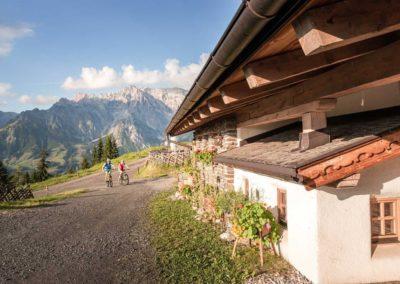 Tolle Radwege mit grandiosen Aussichten! - Grandiose Ausblicke – Hotel Hintermoos